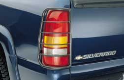 00-06 CHEV SUBURBAN Tail Covers